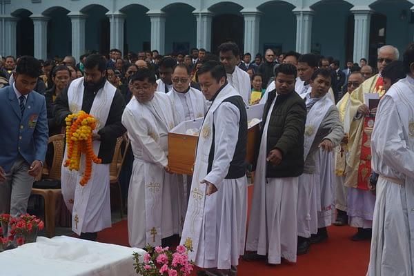 Funeral service for Fr William Bourke SJ